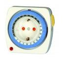 temporizador mecanico diario 24 horas diseñado para enchufe.